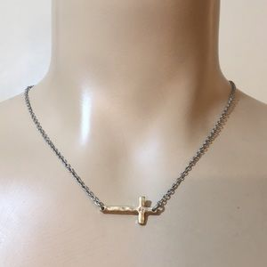 Rare JK By Thirty One Silver Dimond Cross Necklace